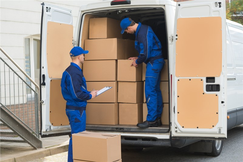 Tips To Keep In Mind While Hiring The Moving Company